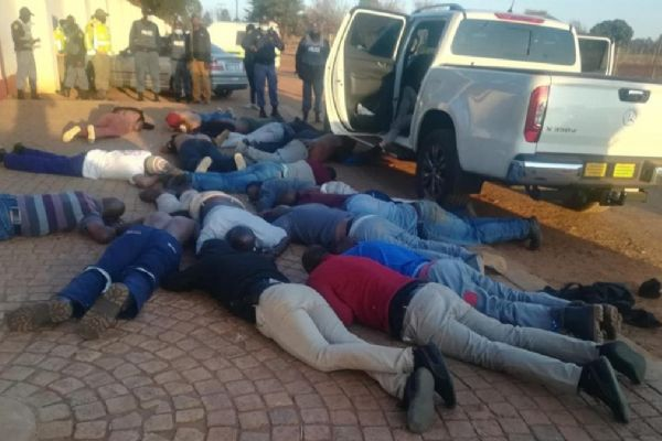 Johannesburg'da kiliseye silahlı baskın