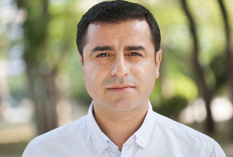 Demirtaş'tan yeni parti iddialarına yanıt