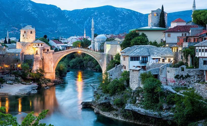 Bosna Hersek bağımsızlığının 29. yılını kutluyor