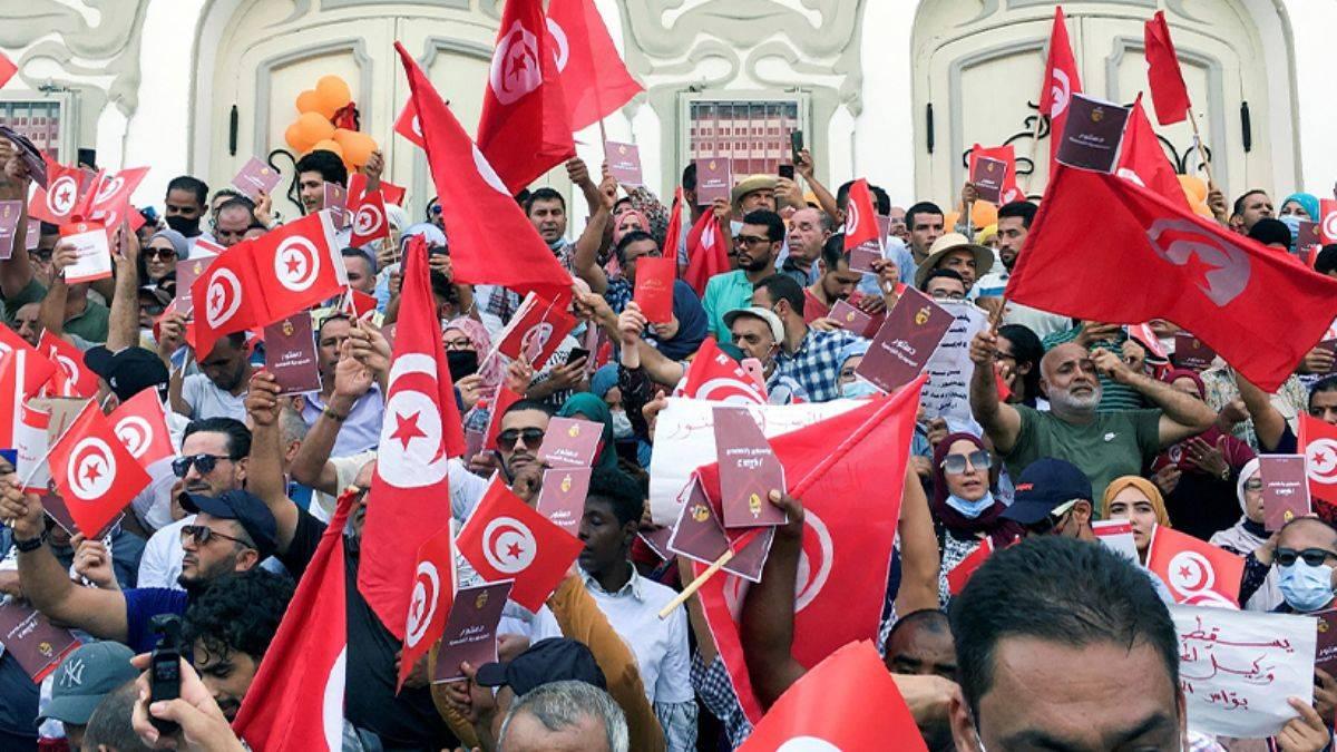 Tunus Saide Karşı Yürüdü